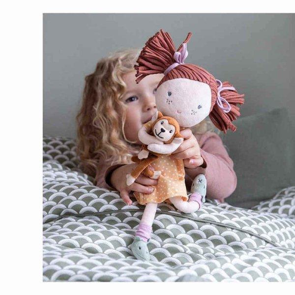 babika sofia s opickou little dutch.jpg