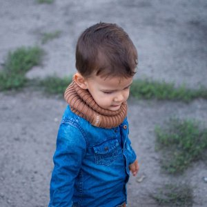 detsky-nakrcnik pletený tunel tmavohneda